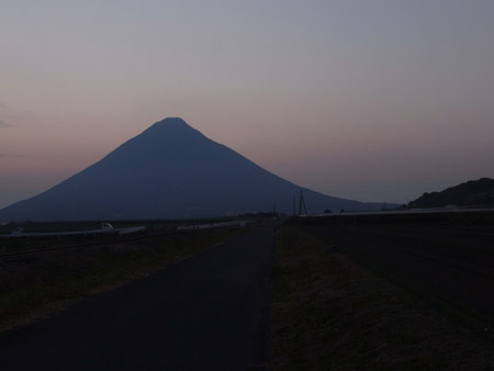 開聞岳の夕方の風景