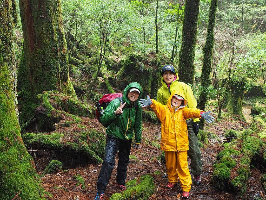 雨の中、天文の森へ♪水の中にジャブジャブ入って最高!
